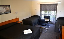 All Settlers Motor Inn - QLD Tourism
