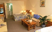 Cooks Endeavour Motor Inn - Tweed Heads - QLD Tourism