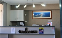 Lakeview Motor Inn - Belmont - QLD Tourism