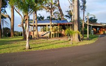 Tabourie Lake Motor Inn - Tabourie Lake - QLD Tourism
