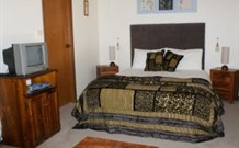 Tall Trees Bed and Breakfast - - QLD Tourism