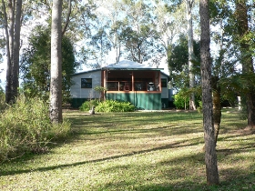 Bushland Cottages and Lodge Yungaburra - QLD Tourism
