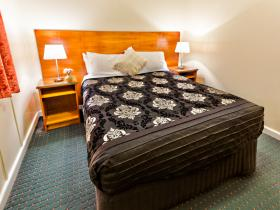 Stanley Hotel Accommodation - QLD Tourism