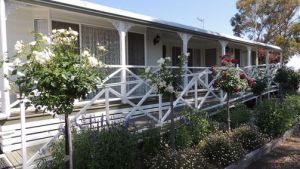 Burrabliss Bed and Breakfast - QLD Tourism