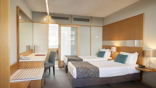 Quality Hotel Downtowner On Lygon - QLD Tourism