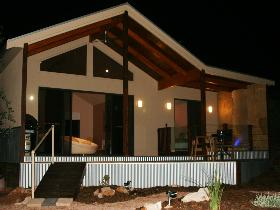 Pike River Luxury Villas - QLD Tourism