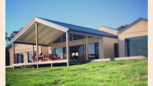 Blue Ray Lodge - QLD Tourism