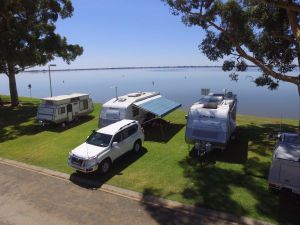 Lake Boga Caravan Park - QLD Tourism