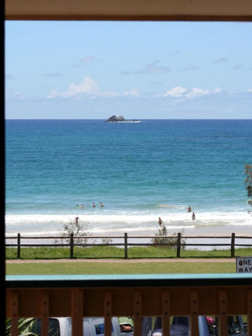 Bayview Beachfront Apartments - QLD Tourism