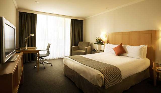 Crowne Plaza Perth - QLD Tourism