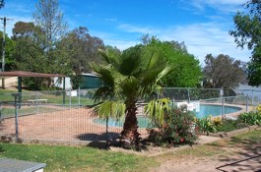 Lake Burrinjuck Leisure Resort - QLD Tourism