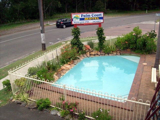 Palm Court Motel - QLD Tourism