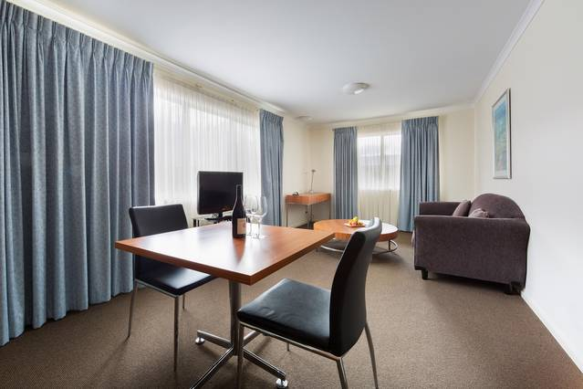 Premier Hotel & Apartments - QLD Tourism