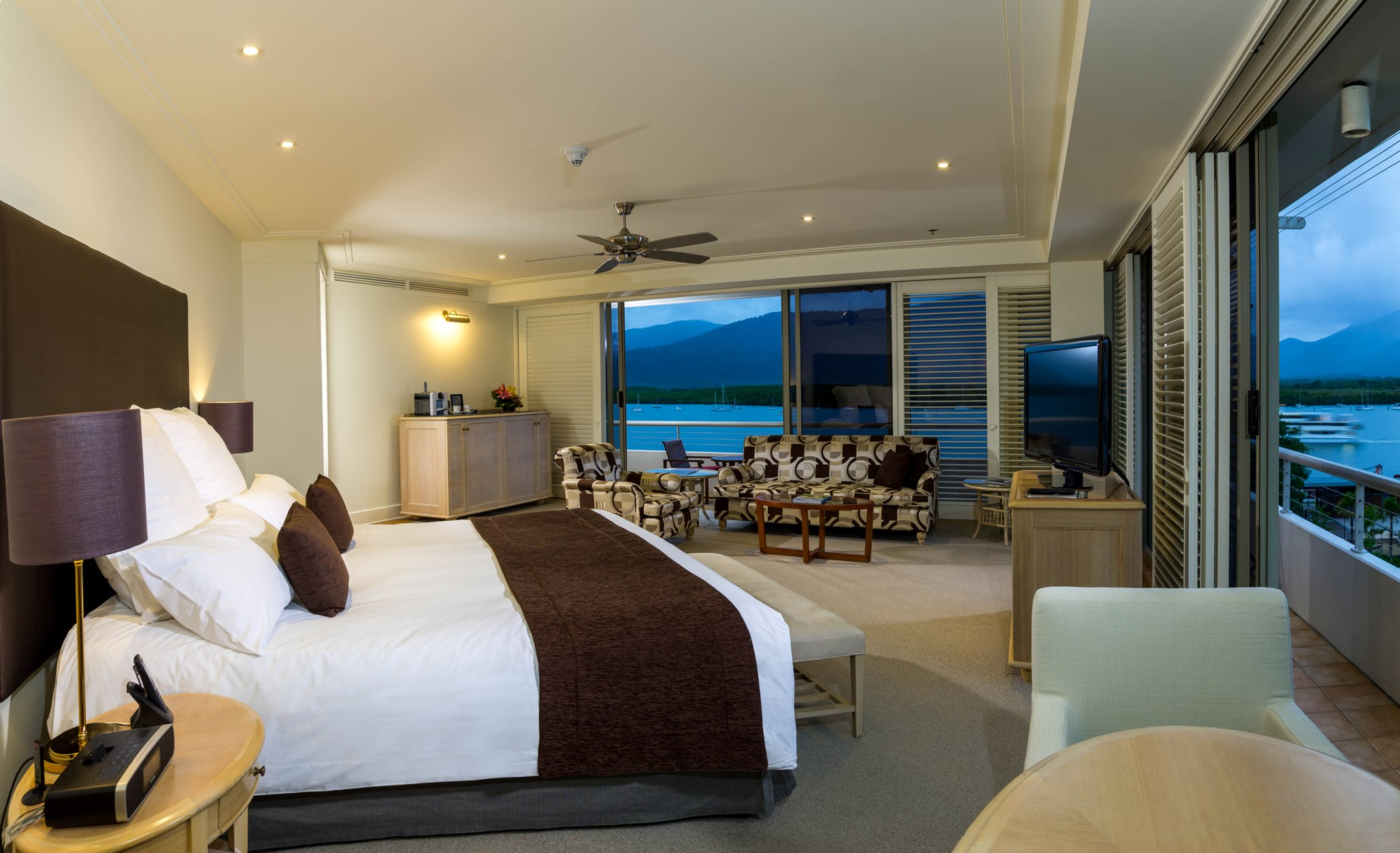 Pullman Reef Hotel Casino - QLD Tourism