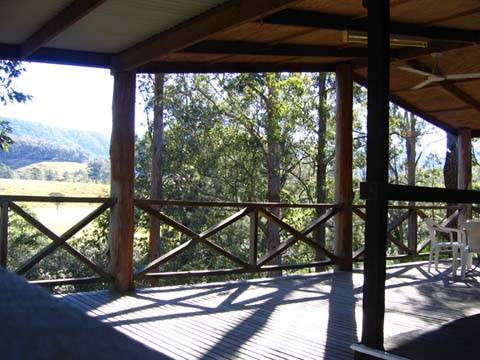 Riverwood Downs Mountain Valley Resort - QLD Tourism