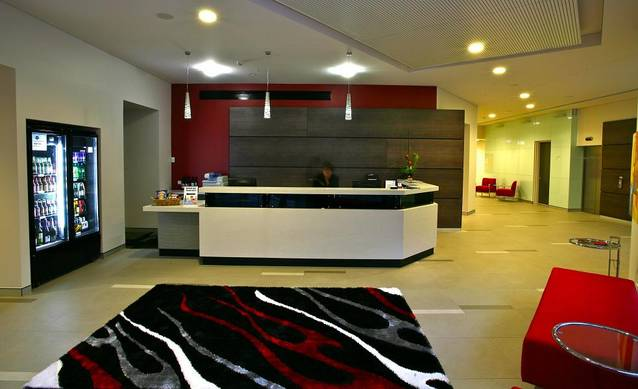 The Colmslie Hotel Suites & Conference Centre - QLD Tourism