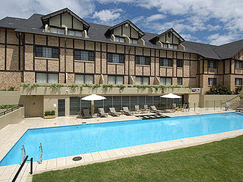 The Hills Lodge Hotel & Spa - QLD Tourism