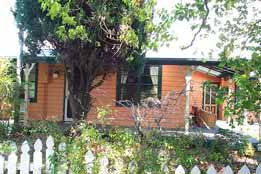 Times Past Bed  Breakfast - QLD Tourism