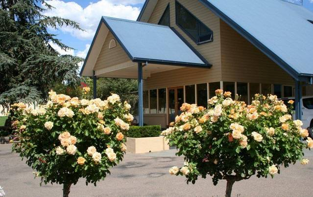Willows Motel - QLD Tourism