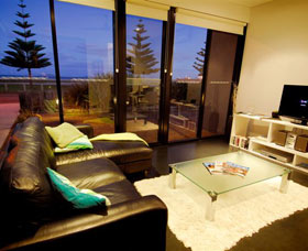 Esperance Island View Apartments - QLD Tourism