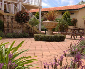 Margaret River Hotel And Holiday Suites - QLD Tourism