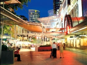 Queen Street Mall - QLD Tourism