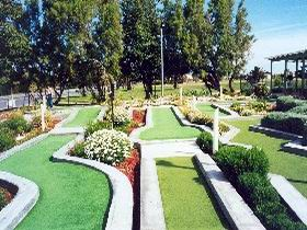 West Beach Mini Golf - QLD Tourism