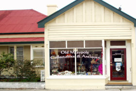 Old Maypole Collectables  Antiques - QLD Tourism
