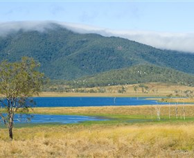Lake Elphinstone - QLD Tourism