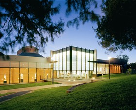 Bendigo Art Gallery - QLD Tourism