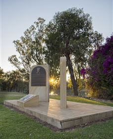 St George Pilots Memorial - QLD Tourism
