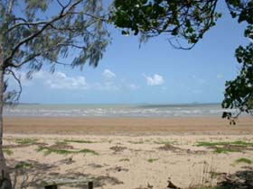 Armstrong Beach - QLD Tourism