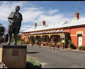 Forbes Railway Arts and Visitor Information Centre - QLD Tourism