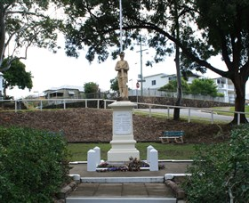 Manly War Memorial - QLD Tourism