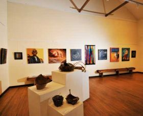 Blue Knob Hall Gallery and Cafe - QLD Tourism