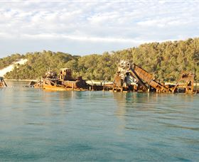 Tangalooma Wrecks Dive Site - QLD Tourism