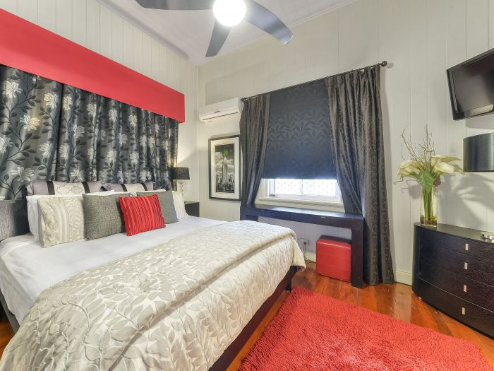 One Thornbury Boutique Bed and Breakfast - QLD Tourism