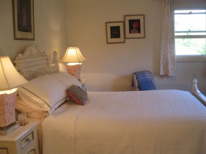 Trafalgar Bed and Breakfast and Annie's cottage