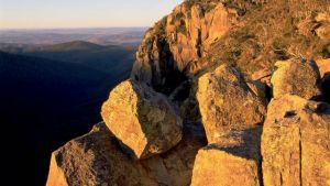 Booroomba Rocks - QLD Tourism
