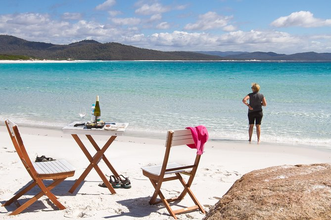 4x4 and Lunch Full Day Freycinet and Wineglass Bay - QLD Tourism