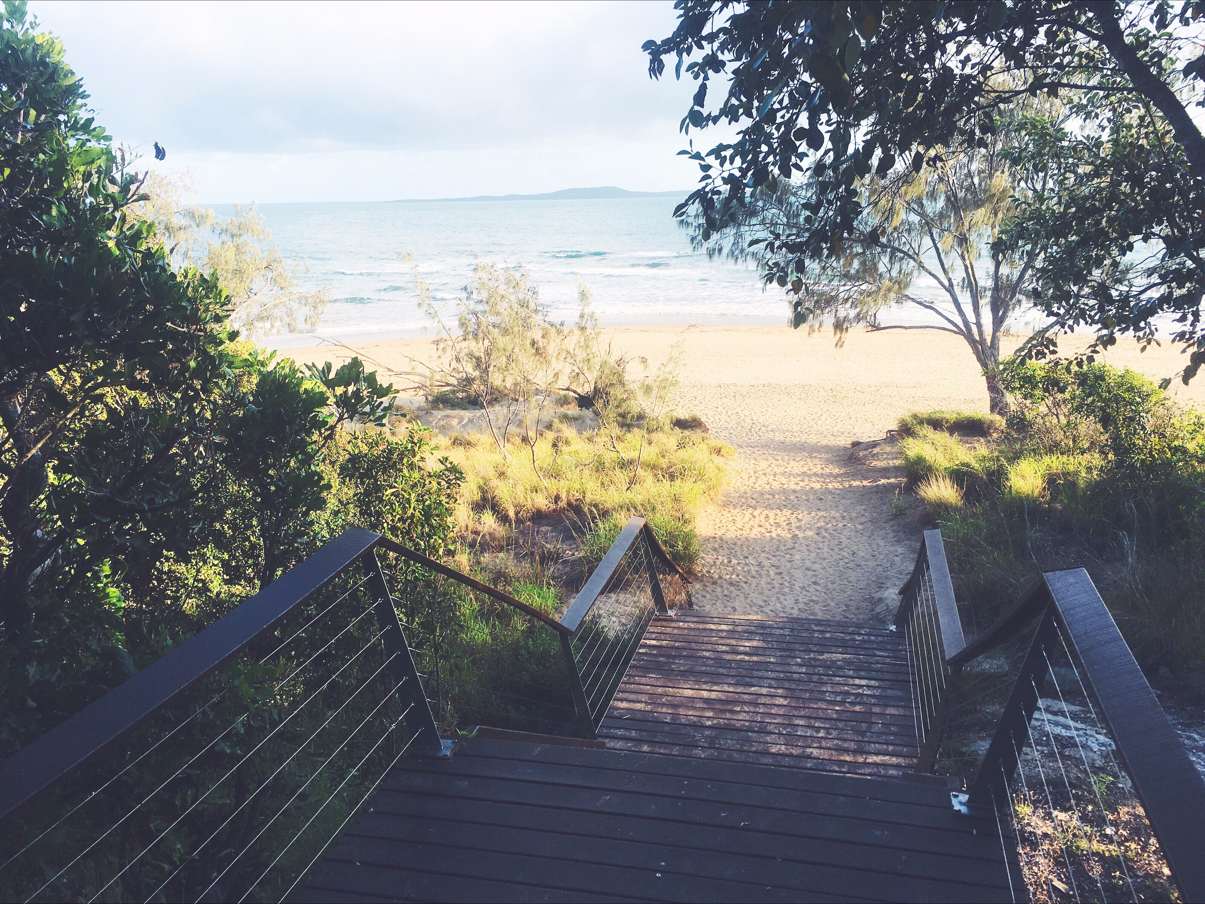 Canoe Point Beach and Parklands - QLD Tourism