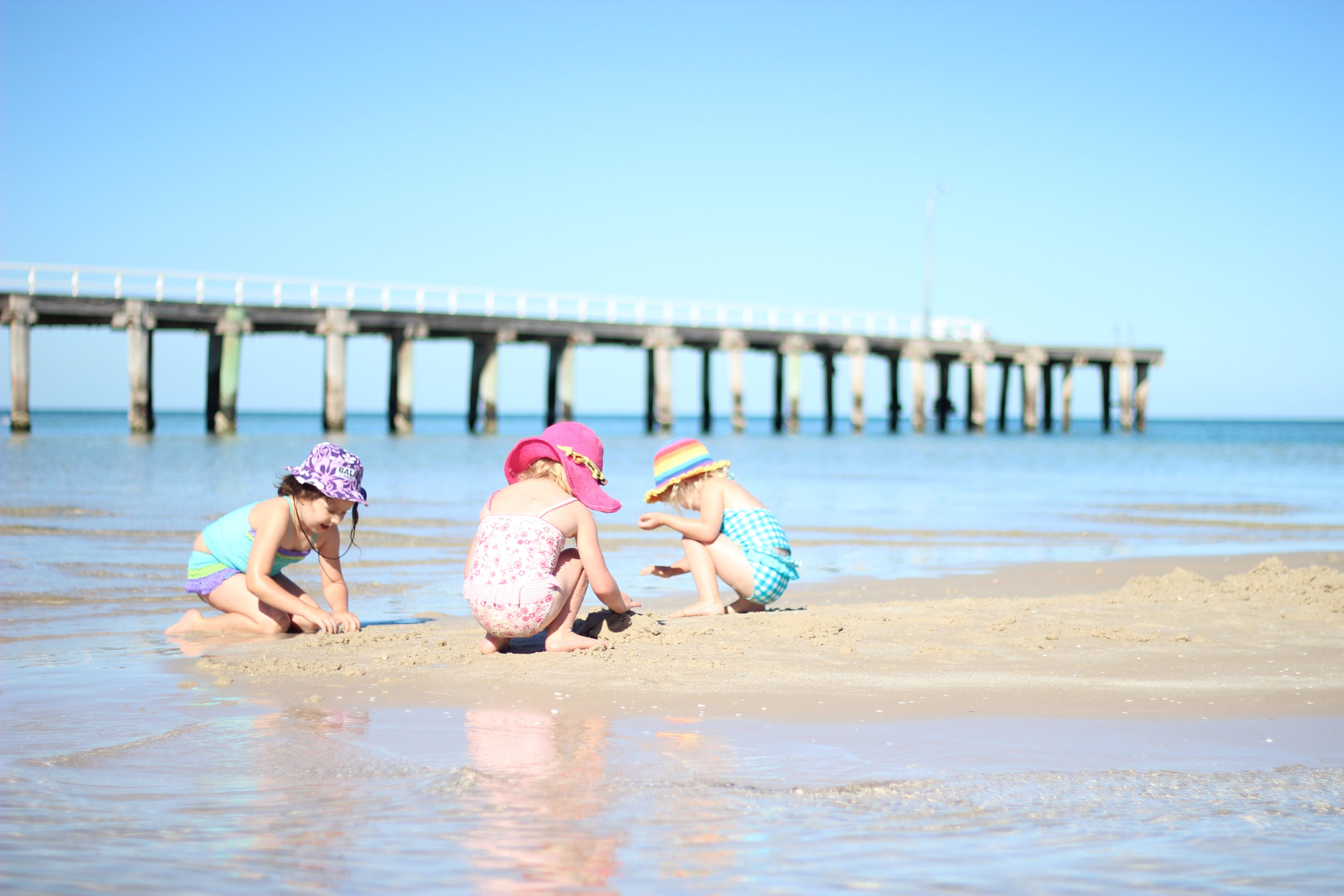 Frankston Beach - QLD Tourism