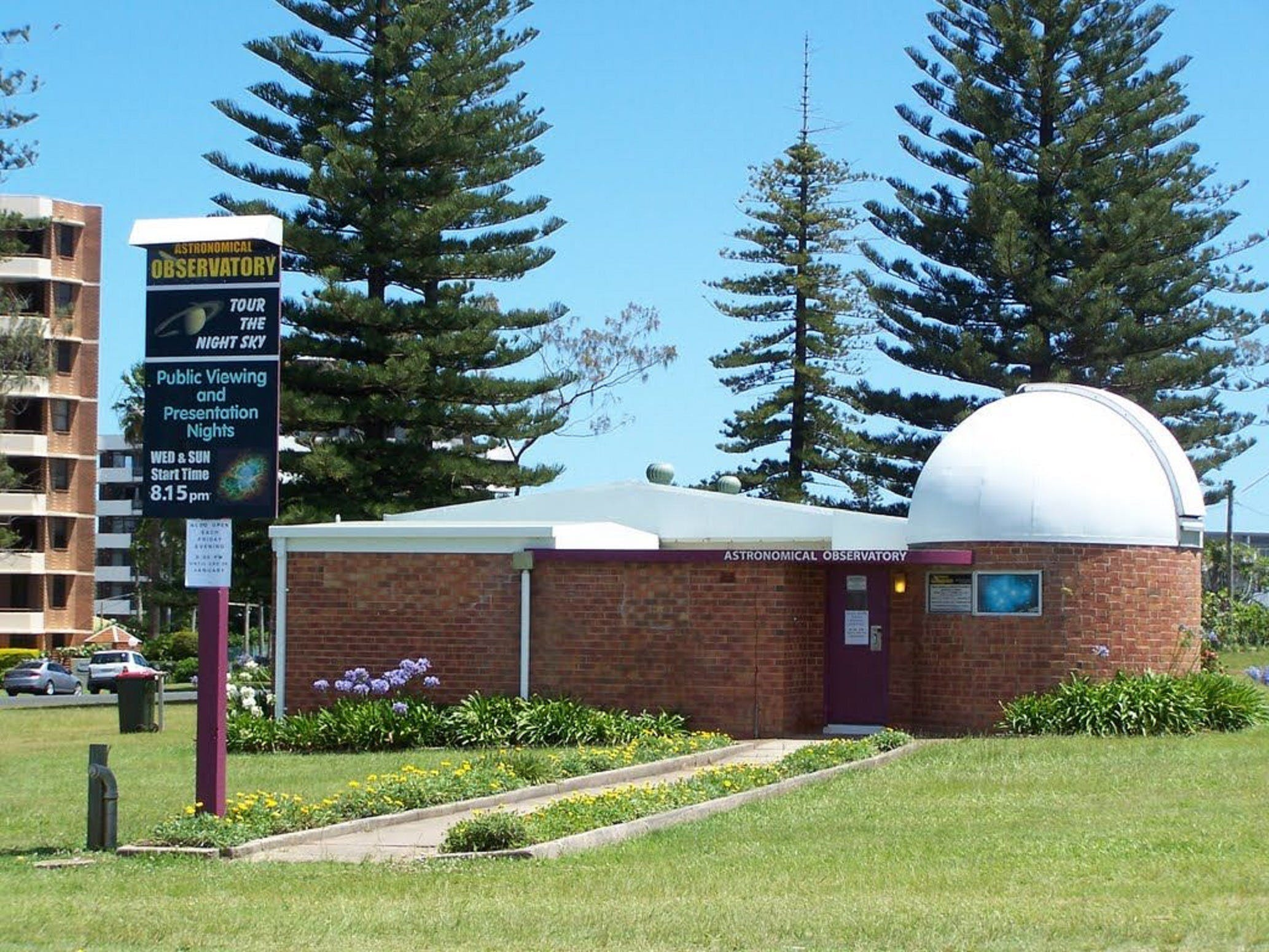 Port Macquarie Astronomical Observatory - QLD Tourism