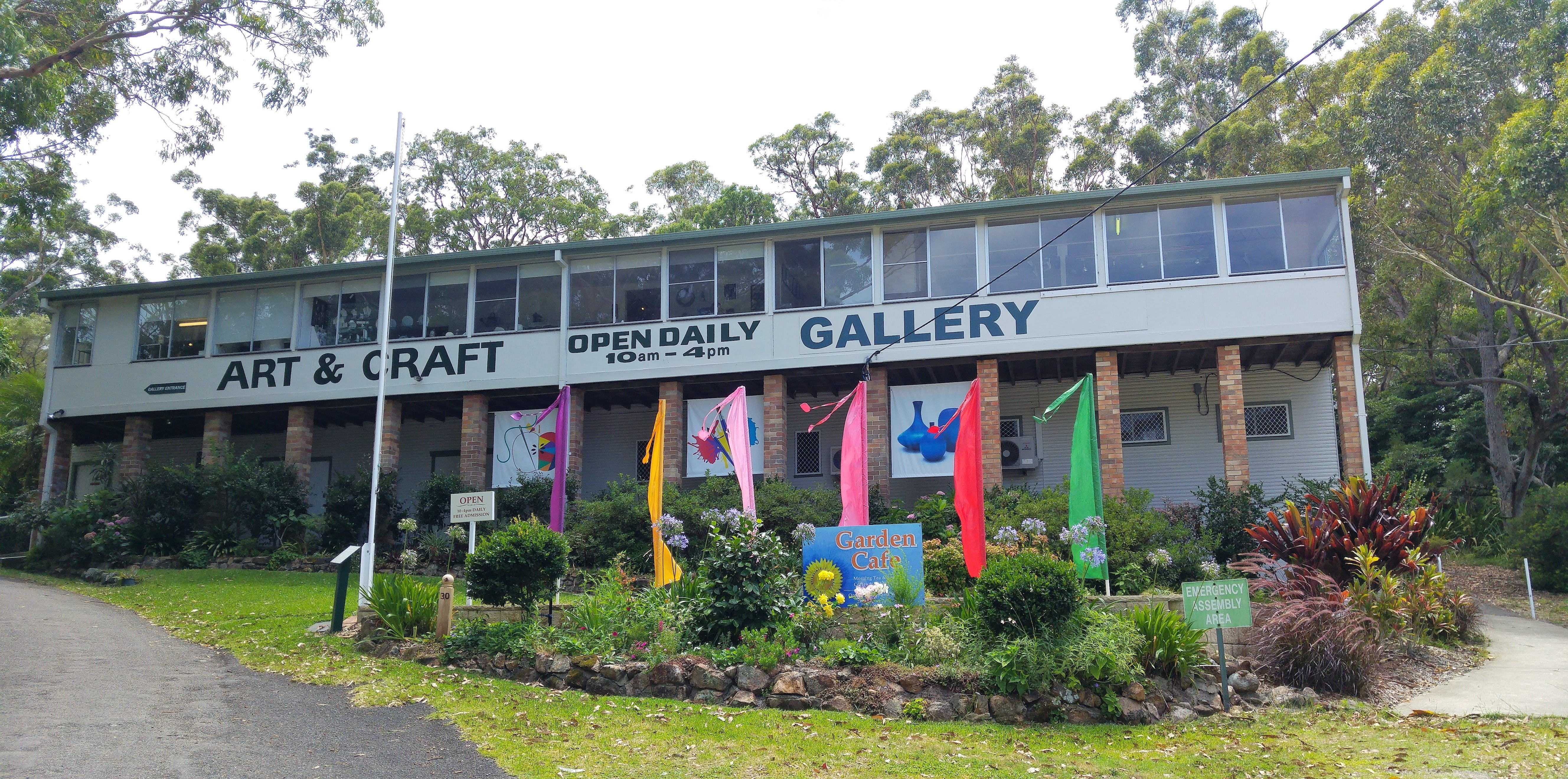 Port Stephens Community Arts Centre Gallery - QLD Tourism