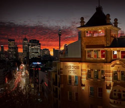 Kings Cross Hotel - QLD Tourism