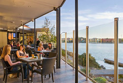 Lakes Resort Hotel - QLD Tourism