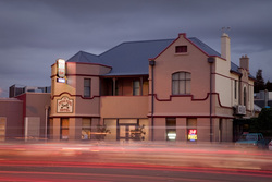 Cross Keys Hotel - QLD Tourism