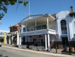 Mount Pleasant Hotel - QLD Tourism