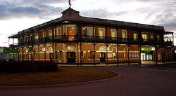 The Grand Terminus Hotel - QLD Tourism