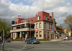 The Grand Hotel Healesville - QLD Tourism